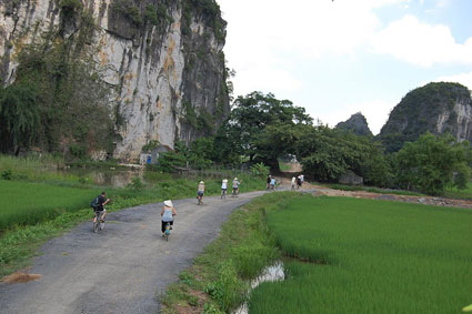 Cycling holidays vietnam