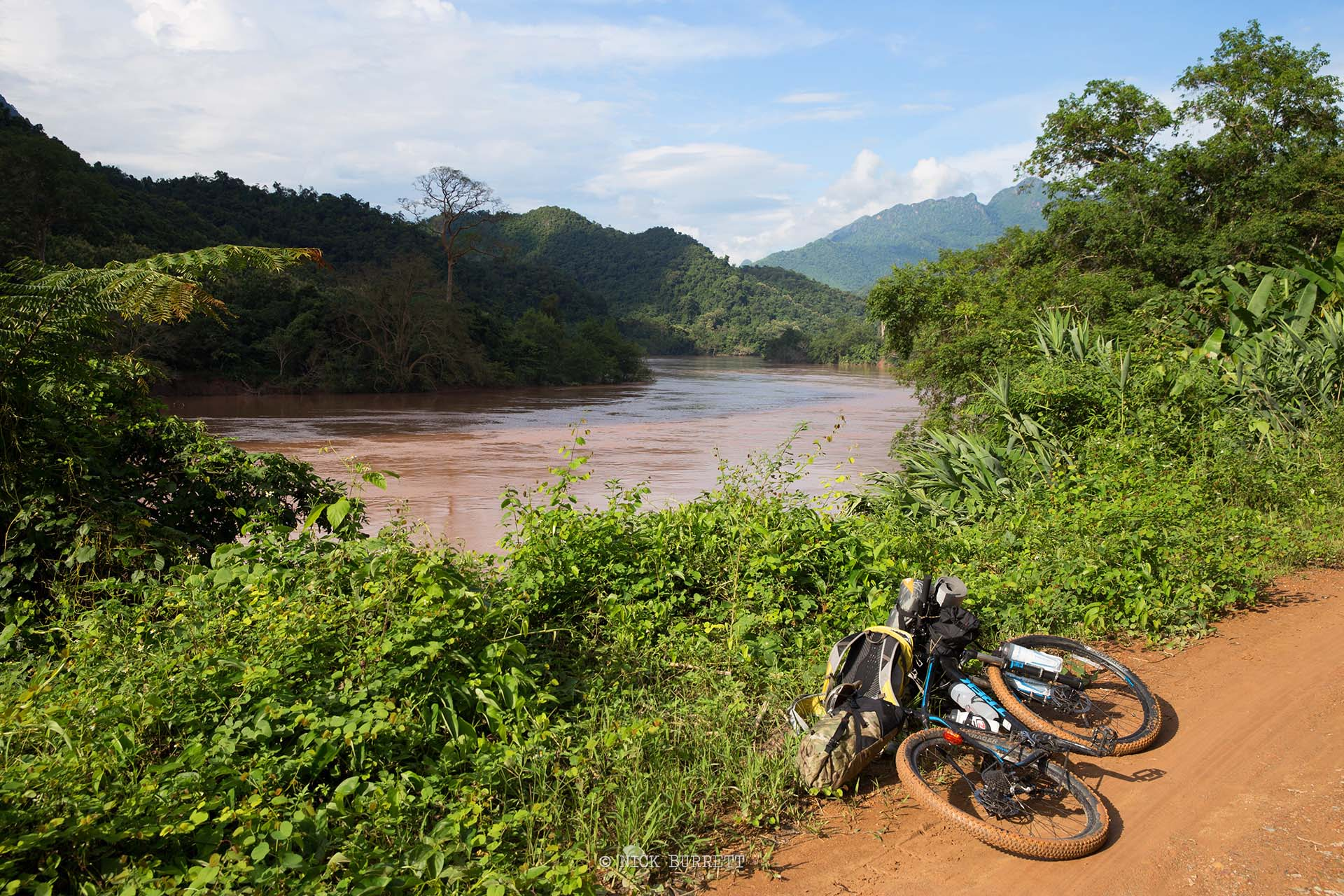 HANOI TO PLUANG PRABANG -11 DAYS