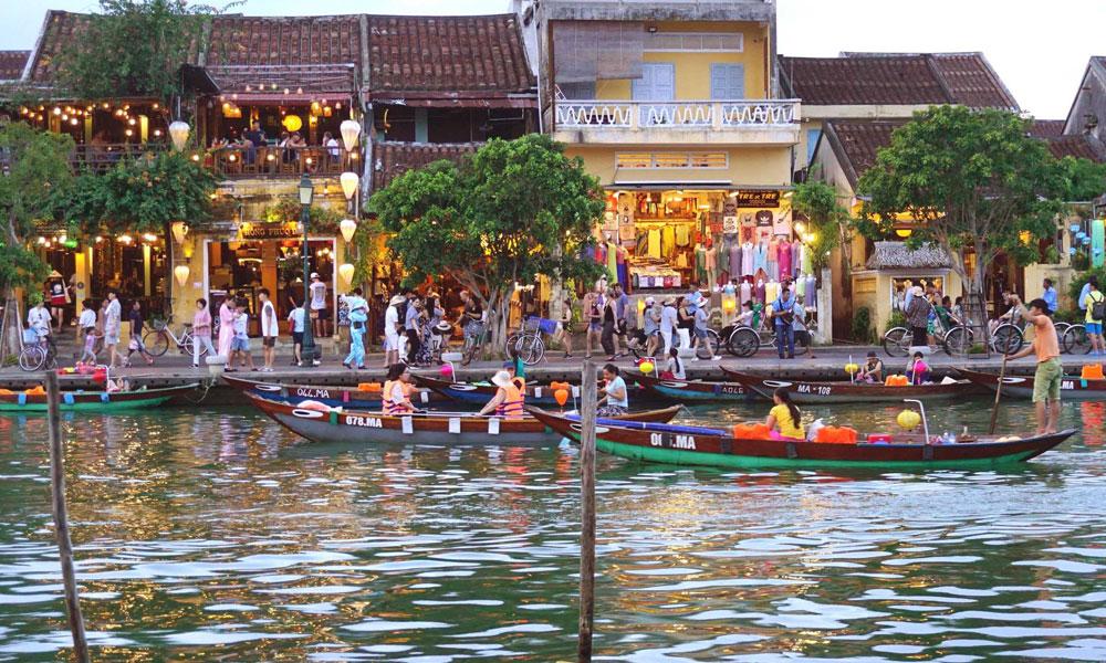Vietnam-Kayaking-Tours