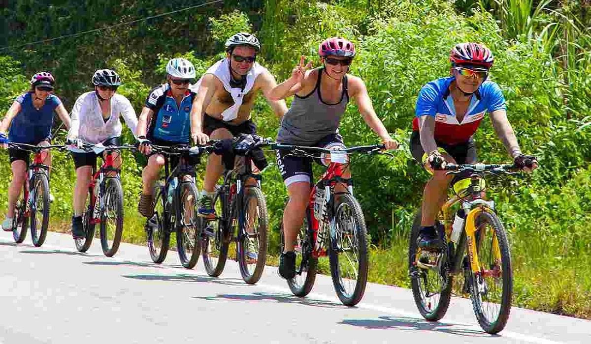 Vietnam-cycling