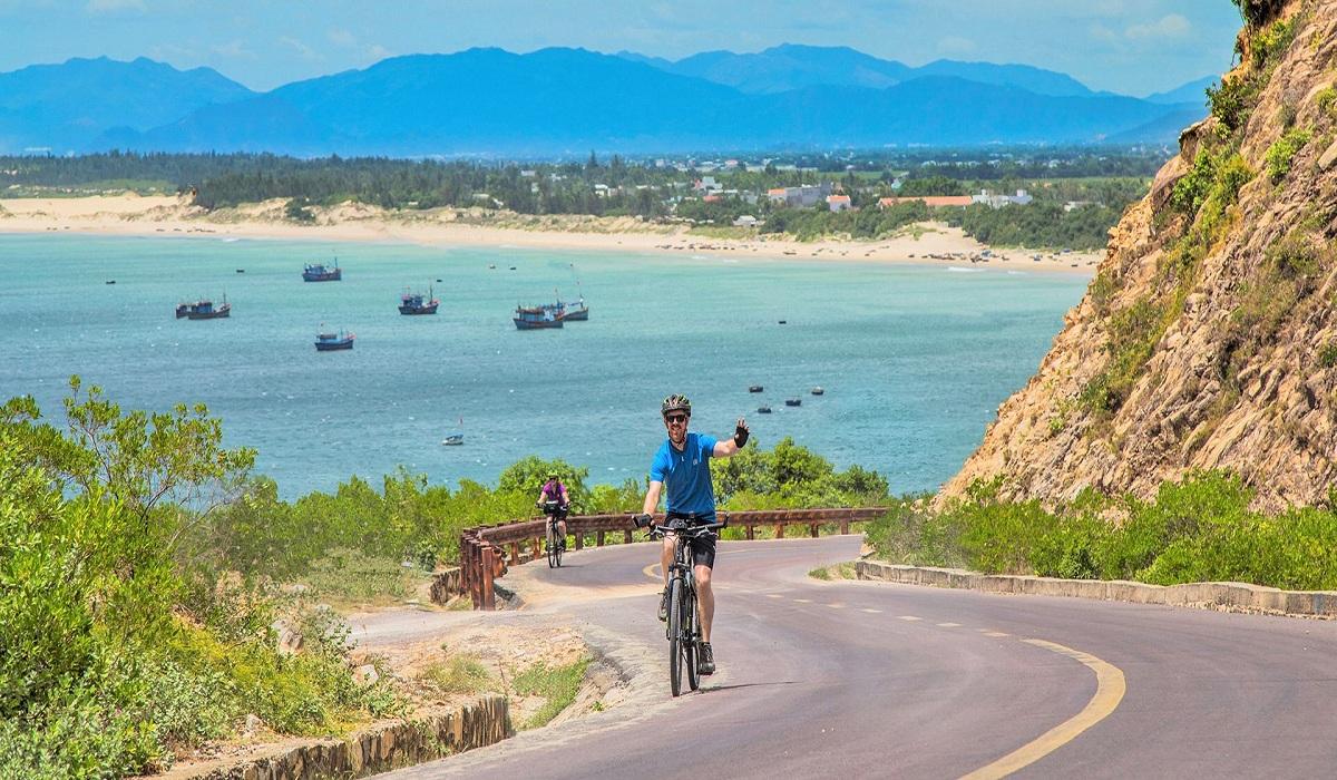 cycling-vietnam-bike-tour-masthead