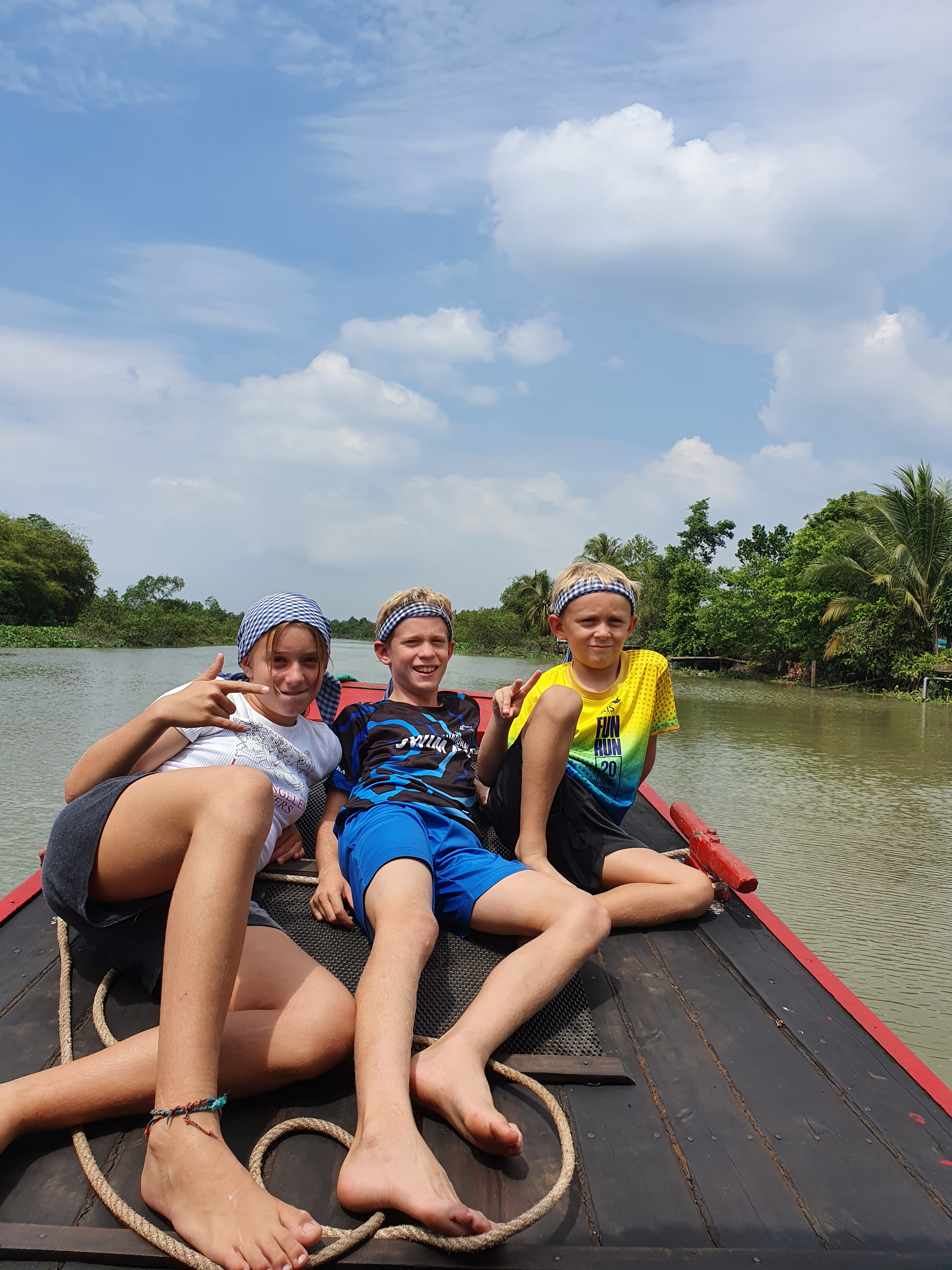 EXPERIENCE MEKONG DELTA – SPEEDBOAT TO PHU QUOC ISLAND
