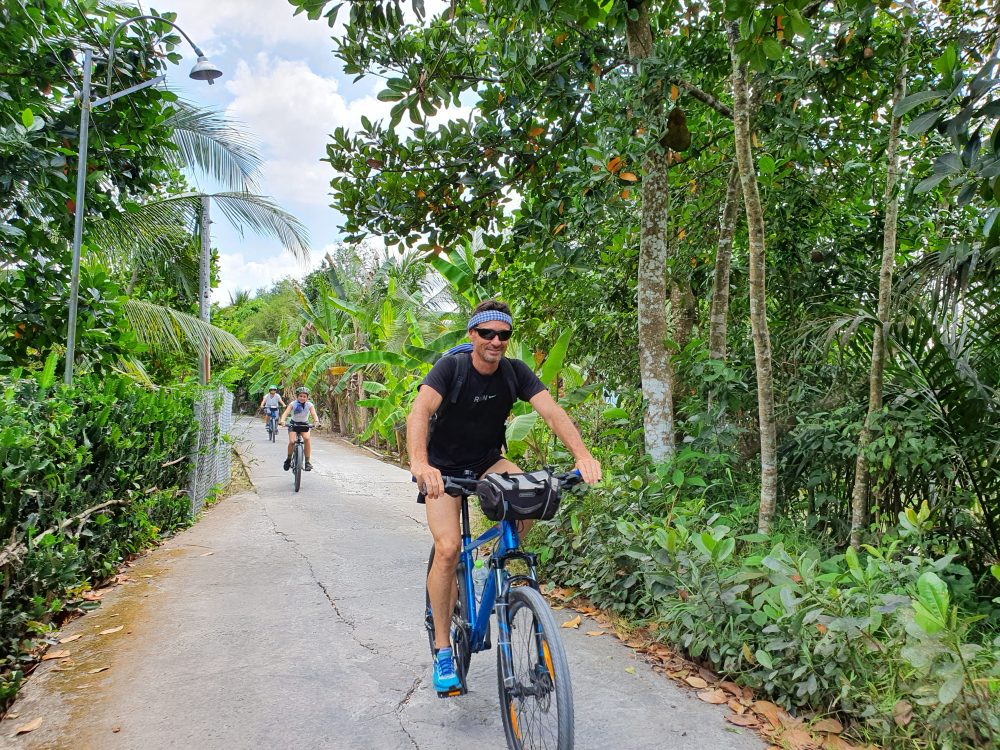 EXPERIENCE MEKONG BY BIKE & BOAT